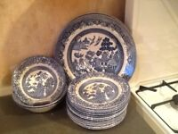 Willow Pattern plates and bowls