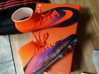 Nike Hypervenom Phantom II sock football boots mens