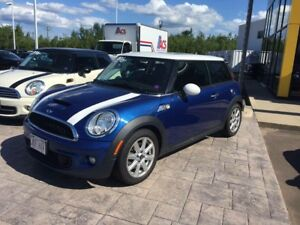 2012 Mini Cooper Type S / Turbo / LOW KMS