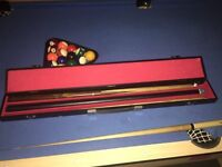 Pro one snooker cue 145cm, with extension 187cm, reasonable used condition, still in carry case.