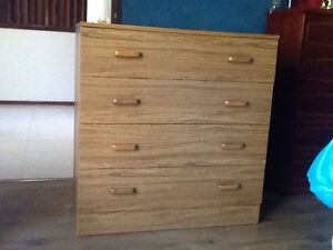 Chest of drawers Willetton Canning Area Preview