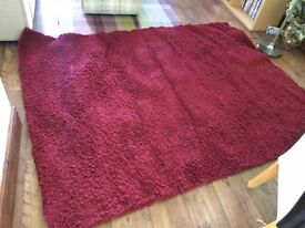 Red loose pile carpet/rug