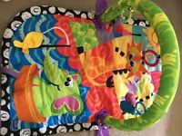 Giggle beach Baby play mat for sale