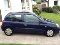 Cheap renault Clio mot to 15 august 2017 one previous owner