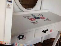 Lovely little unicorn dressing table