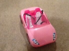 Barbie pink Convertable car with seatbelts