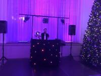 ARE YOU LOOKING FOR A HIGHLY EXPERIENCED, YOUNG AFFORDABLE MOBLIE/CLUB DJ? LOOK NO FURTHER...
