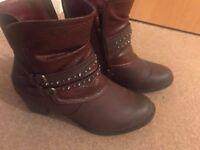 Box packed Lotus Brown Boots for SALE