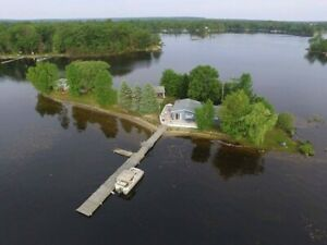 2 Cottages for rent, private island Honey Harbour, Muskoka