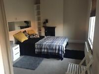 Amazing DOUBLE ROOM close to LIVERPOOL STREET, OLD STREET and ANGEL