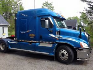 Freightliner Cascadia 46000 lbs