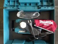 Makita 9911 Belt Sander (Read description)