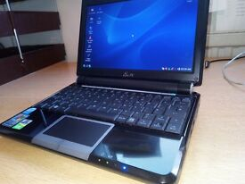 Asus EeePC 901 netbook, as new with case