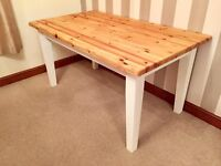 Newly Refurbished Shabby Chic Pine Dining Room Table***£99***FREE DELIVERY