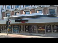 FLAT - CITY CENTRE - 2 MINUTES FROM THE MAYFLOWER THEATRE