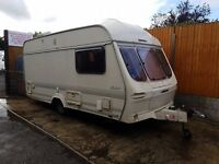 Lunar Meteorite 2 berth caravan Light to tow, Bargain !