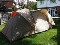 Quechua Family 4.2 Pop up tent