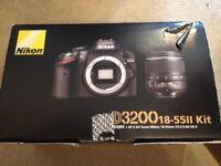 Nikon D3200 complete kit set