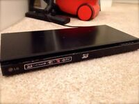 Blu Ray Player (3D) - LG, with WIFI