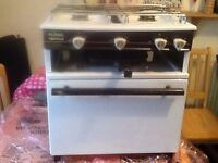 3 WAY COOKER WITH OVEN, HOB AND GRILL