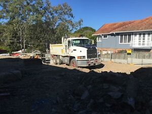 10m tipper truck hire Logan Village Logan Area Preview