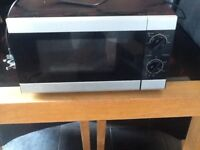 Delonghi microwave used but irks fine £25