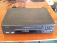 MATSUI. VHS VIDEO PLAYER & RECORDER.IN WORKING ORDER. ( USED