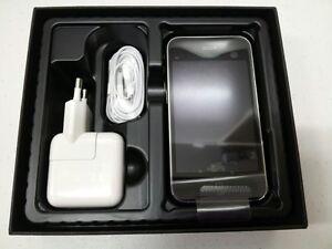 Brand-NEW-Apple-iPhone-3GS-16GB-Black-Unlocked-Smartphone