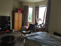 Flatshare, Willesden Green, bills included! big double room with only 2 more people in the flat,