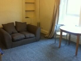 nice one bedroom flat to let at west end of dundee