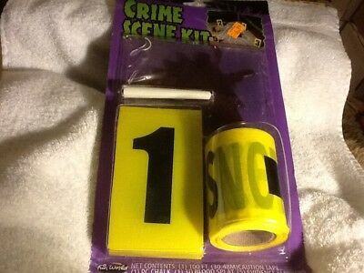 Halloween Accessories -- Crime Scene Kit - 4  items - in plastic - blowout (Halloween Costumes Items)