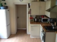Two bedroom flat between Manor House & Seven Sisters Tube, really close to Stanford Hill overground