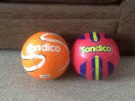 Two size 4 footballs from sondico