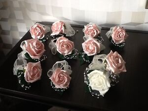WEDDING FLOWERS BRIDES PASTEL PINK ROSE /IVORY BRIDAL BUTTONHOLE/CORSAGES x 7