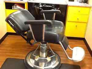 Salon closing - Hairdressing chairs and sinks
