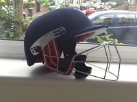 Cricket helmet - junior