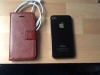iPhone 4s 16GB with Leather Case and USB charge cables UNLOCKED £50.00