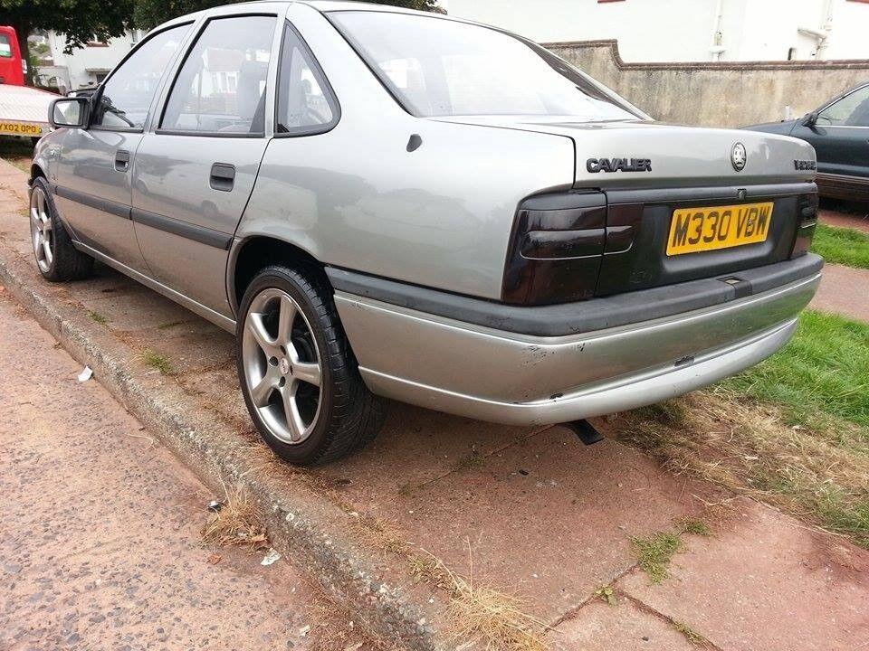 Very Clean Vauxhall Cavalier Sallon In Met Grey