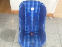 £25- Britax Eclipse group 1 car seat for 9mths upto 4yrs(9kg to 18kg)-reclines,is washed & cleaned