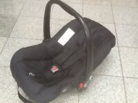 Baby car seat with swing-over carry handle-for newborn upto 13kg-washed & cleaned-£10