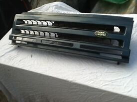 LANDROVER DISCOVERY FRONT GRILL