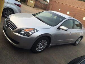 Selling my Altima 2009