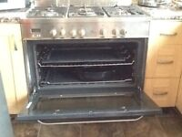 New world range cooker working all good only £275 , ono