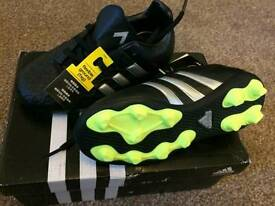 BRAND NEW Adidas boys football boots