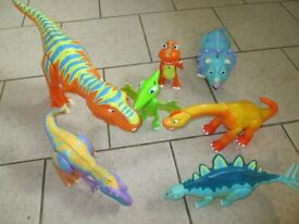 Tomy Dinosaur Train Interactive Dinosaurs Bundle
