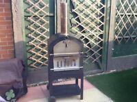 Pizza oven/barbecue