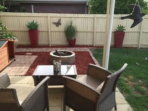 ***LOVELY LOW MAINTENANCE 3 BEDROOM HOUSE IN HILLCREST*** Hillcrest Logan Area Preview