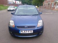 ford fiesta zetec blue 75 , m.o.t till october 2016 clean car must see