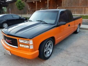 1990 gmc  pickup 350 SBC $6500 firm cash only