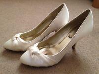 Ivory Wedding Shoes - Size 6